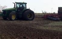 Nincs pihenés az aratás után sem