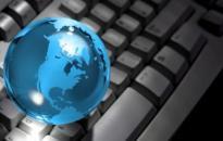 A kormány kitart az internet áfájának csökkentése mellett