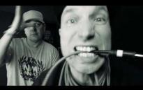"""Embedded thumbnail for """"Tudod, az élet szép"""": klip a kliptelen dalhoz – premier itt!"""