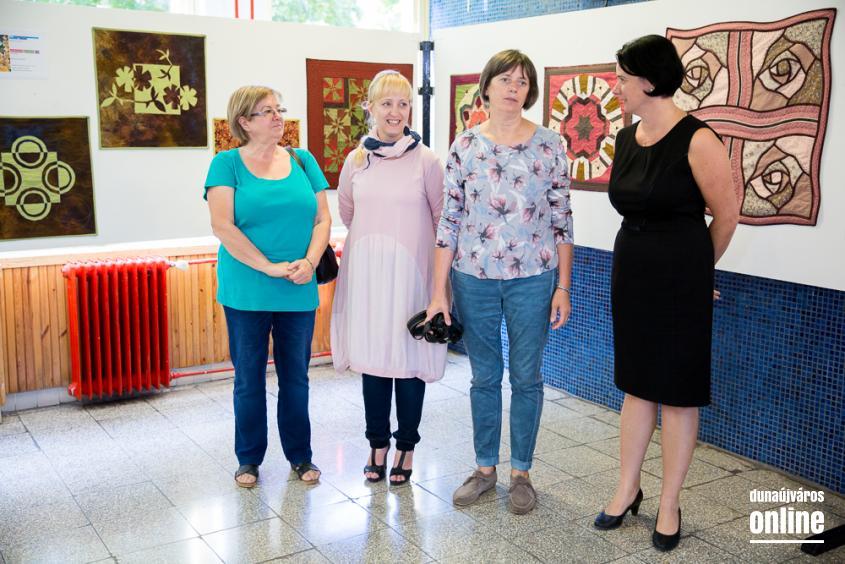 Patchwork kiállítás a Lorántffy iskolában - fotó: Ónodi Zoltán