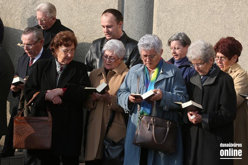 Nagyszombati szentmise - fotó: Sándor Judit