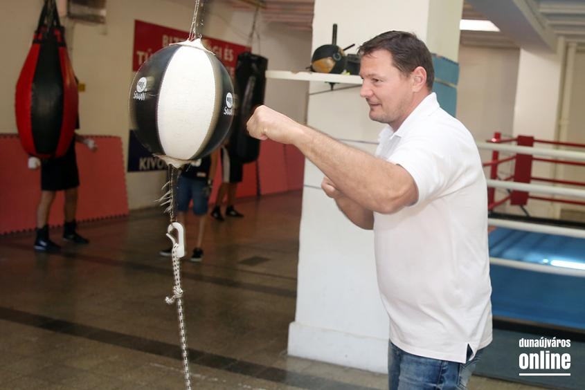 Erdei Zsolt a DÖSE boxolóinál - fotó: Sándor Judit