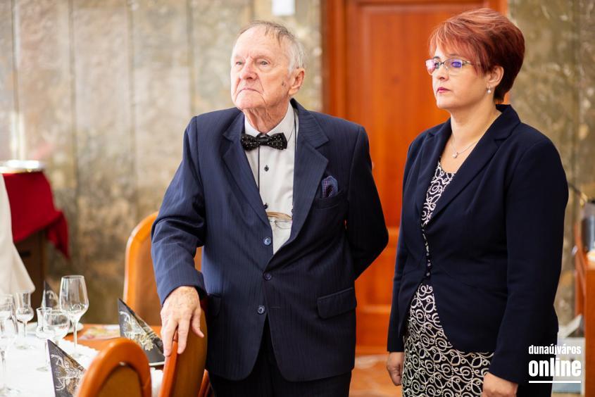 Dr. Bakos Károly köszöntése - fotó: Ónodi Zoltán