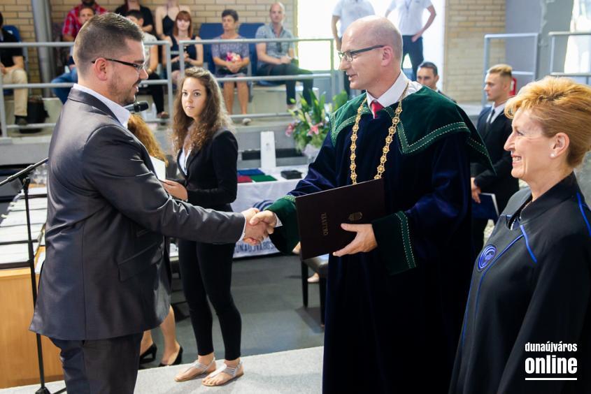Diplomaátadó az egyetemen (2019) - fotó: Ónodi Zoltán