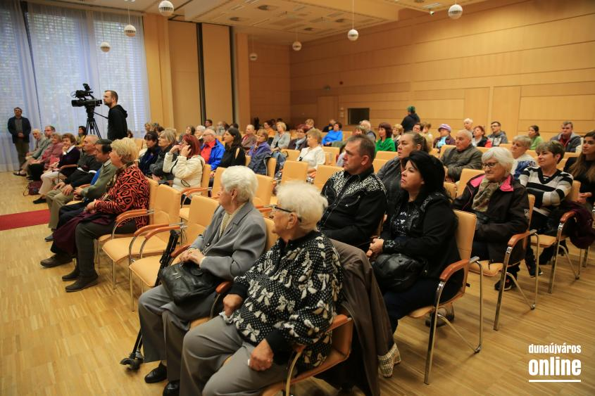 Virágos Dunaújvárosért – eredményhirdetés (2021) - fotó: