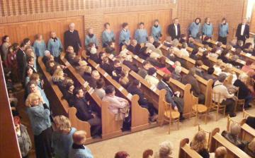 Dunaújvárosi Vegyeskar adventi koncert - fotó:
