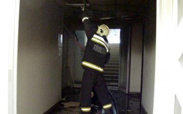 Tűz a Fabó Éva Sportuszodában - fotó: