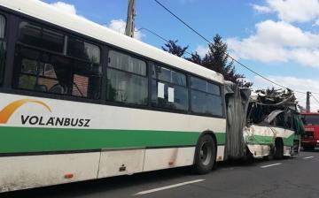 Képtár a lopott busz mentése utánról - fotó: