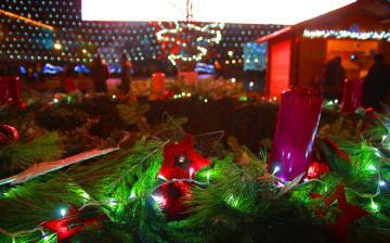 Adventi fények a Városháza téren - fotó: