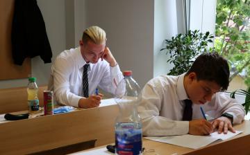 Megkezdődtek az érettségik - fotó: