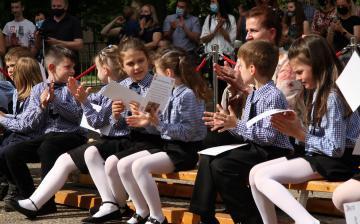 Elsősavatás a Móricz iskolában - fotó: