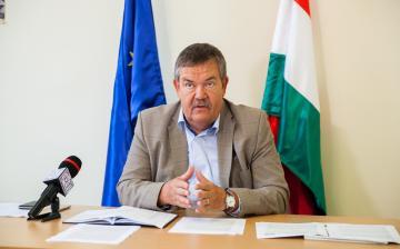 """""""Mi a magyar emberek oldalán állunk"""""""