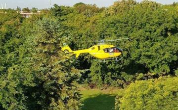 Mentőhelikopter szállt le a belvárosban