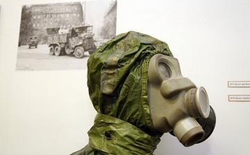 Polgári védelmi kiállítás Dunaújvárosban