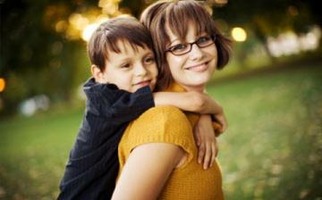 Rugalmas családpolitikával az egyszülős családokért