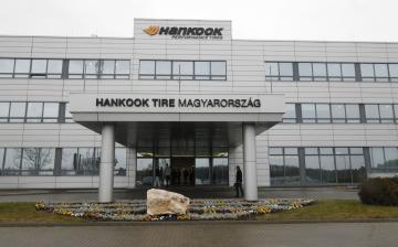 A Hankook átlagosan 13,6 százalékkal emeli az alapbéreket