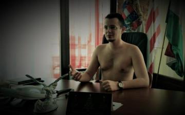 Gyilkossági ügyben hallgatták ki Ózd jobbikos polgármesterét, Janiczak Dávidot