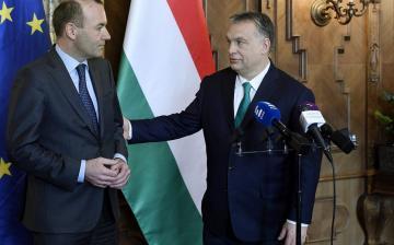 Orbán Viktor a politikai elfekvőbe tette Webert és Timmermanst