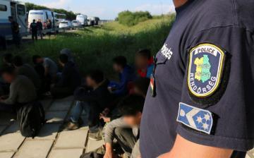 Illegális migránsok Fejérben