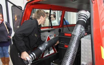 Átvették a pályázaton elnyert eszközöket az önkéntes és önkormányzati tűzoltók