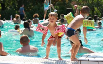 Nyárbúcsúztató hétvége az élményfürdőben
