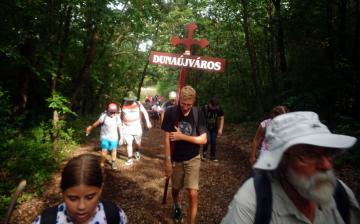 Katolikus közösség: előttük az utódok – hittan terén is