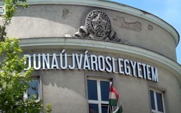 DSTV: online érettségi felkészítő a Dunaújvárosi Egyetemen