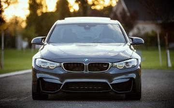 A tavalyihoz hasonló eladásokra számít a BMW