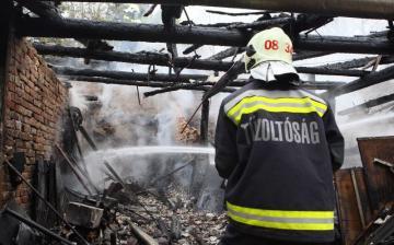 Tűz ütött ki a Búzavirág utcában