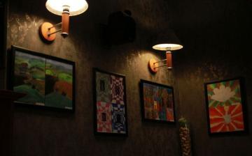 DSTV: a legkisebbek művei a kávézóban