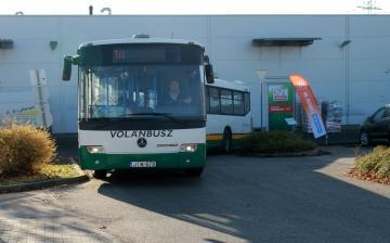 Buszközlekedés: irány a Decathlon!