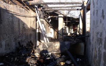 Több lakástűzhöz riasztották a lánglovagokat