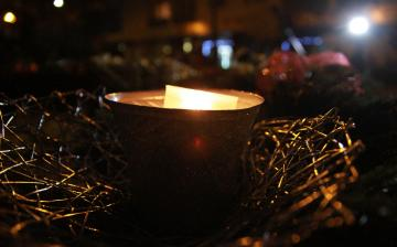 Rendhagyó advent – de már világít a hit gyertyalángja (galériával)