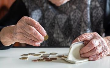 Önkormányzat: karácsonyi támogatás a nyugdíjasoknak
