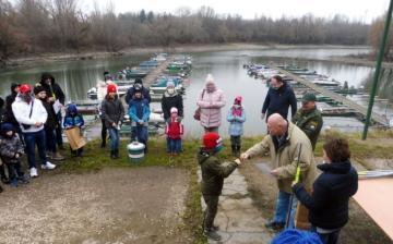 Sporthorgászok: díjkiosztó után jótékonysági halászléfőzés
