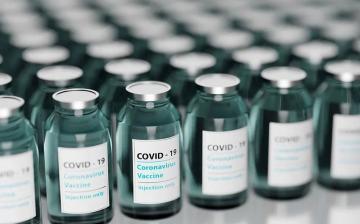 Koronavírus: tartják a tervet az oltások terén