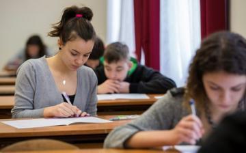Szombaton tartják a középfokú írásbeli felvételi vizsgákat