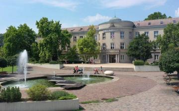 Modellváltásról döntött a Dunaújváros Egyetem szenátusa