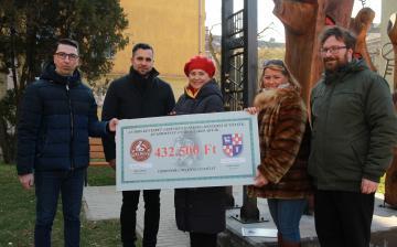 Dunaújváros kenyere – ezúttal a Városvédők Újtelepért Egyesületnek