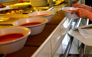 Szünidei étkeztetés a nyáron – itt vannak a tudnivalók!