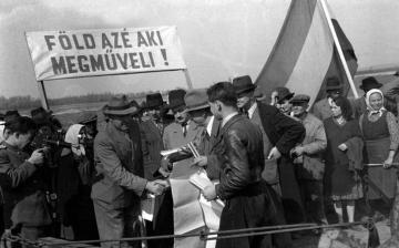 """Városmese: """"Földreform Pentelén 1945-ben"""""""