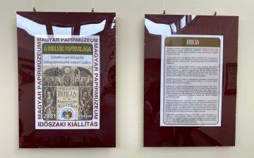 Bibliatörténeti kiállítás nyílt a papírmúzeumban
