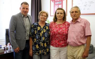 Nincs Petőfi iskola az Imre-família nélkül