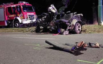 Végzetes tragédia történt, ketten meghaltak a Papírgyári úti balesetben