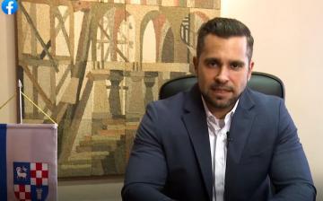 A DVCSH-számlákról adott tájékoztatást Pintér Tamás polgármester