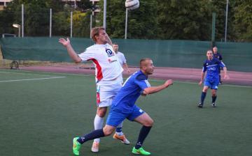 Kispályás foci: a címvédő pontvesztése