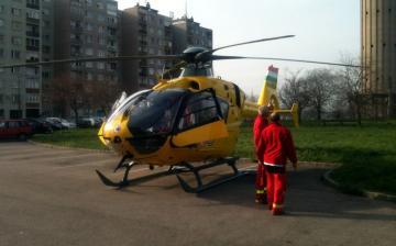 Mentőhelikopter járt a Római városrészben