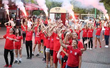 Kézilabdás flashmob a szerethető csapatért