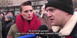 Embedded thumbnail for Így menekül a német újságíró, ha kínos kérdést kap
